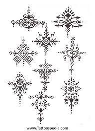 bildergebnis f r sternum tattoo vorlage tattos pinterest sternum tattoo tattoo vorlagen. Black Bedroom Furniture Sets. Home Design Ideas