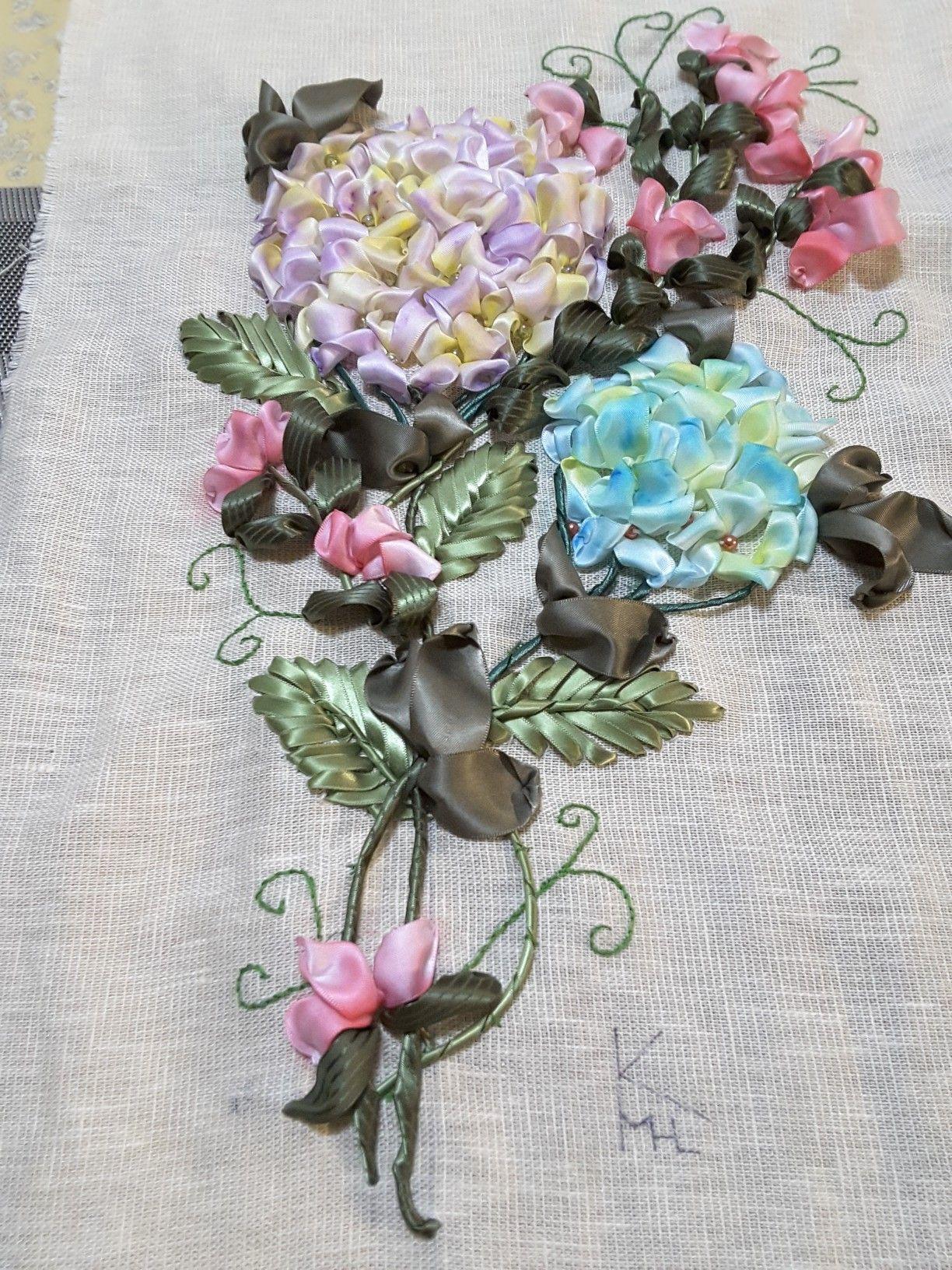 Pin by 知佐子 山内 on リボン刺繍 pinterest french knots