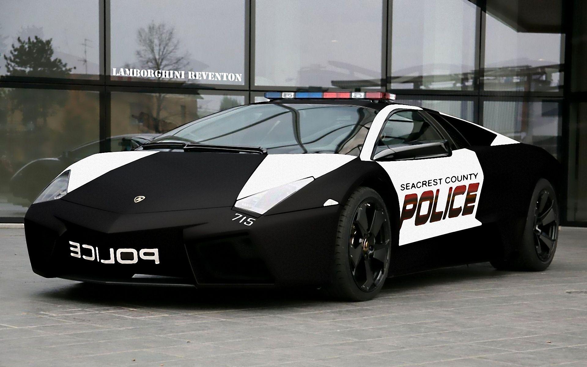 I Hope There S No Dept In The Us That Uses A Lamborghini For A Patrol Vehicle Police Cars Lamborghini Pictures Lamborghini