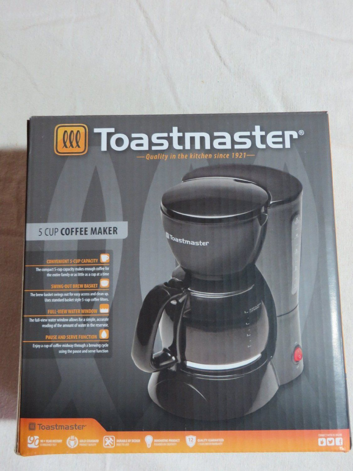 TM-122CM Toastmaster 12 Cup Coffee Maker Pause /& Serve Function Black