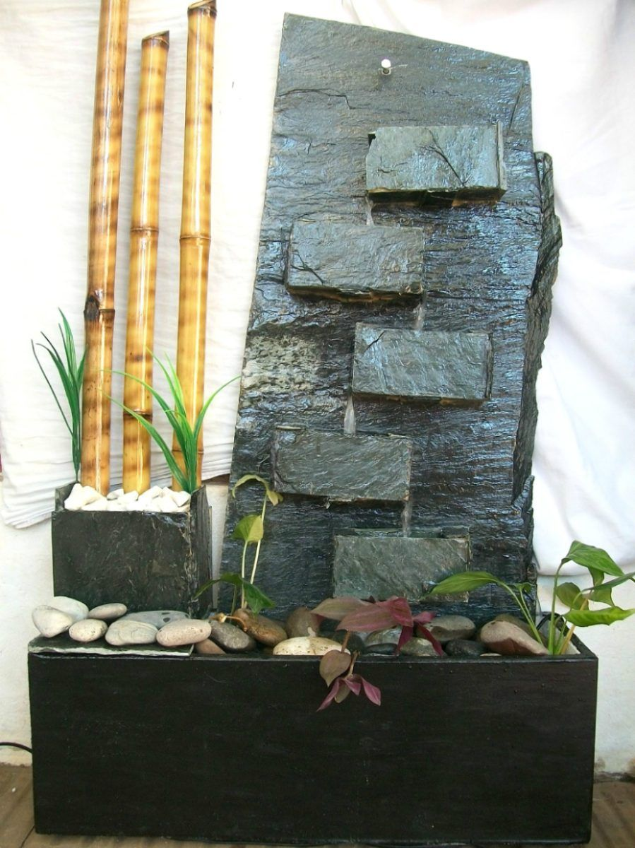 Fuentes de agua decorativas de pared en cascada fuentes for Cascada de agua para jardin