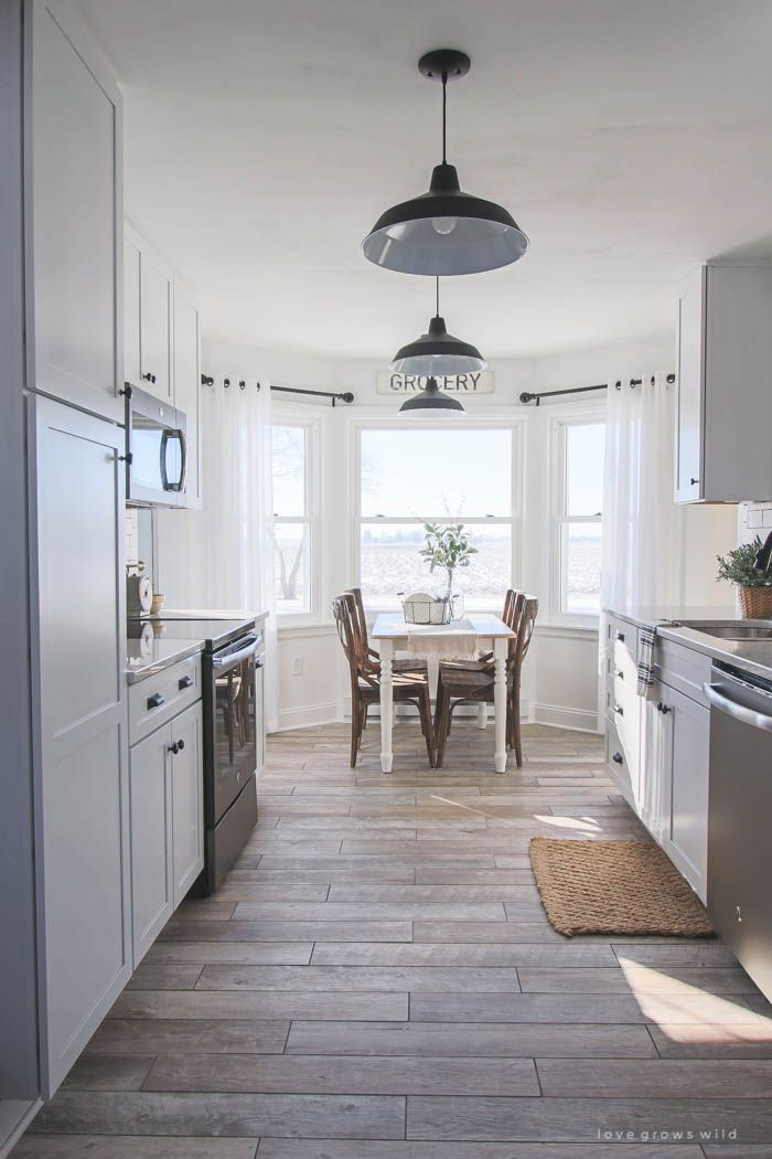 This Indiana Farmhouse Just Got A Kitchen Makeover Click To See More Photos And Sources For Gorgeous E At Lovegrowswild