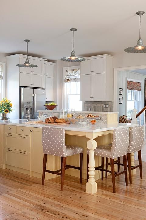 Love the idea of pale  yellow cabinet island.