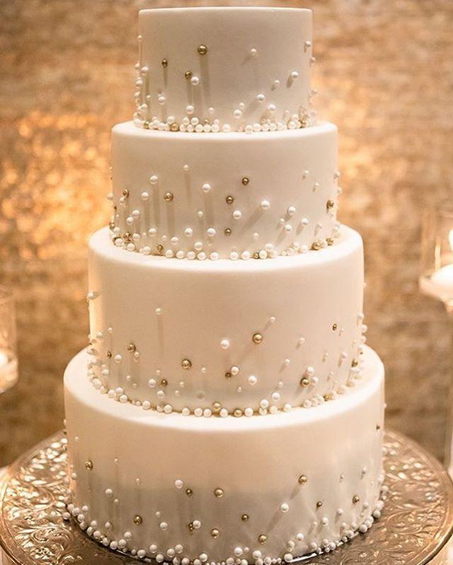 45 Chic And Classy Wedding Cake Inspiration Sparkle Wedding Cakes