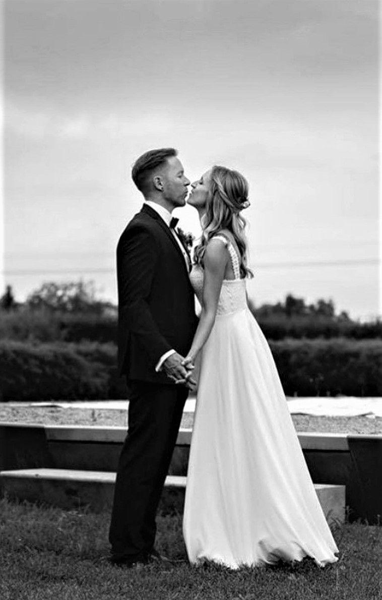 Pin Auf Real Bride
