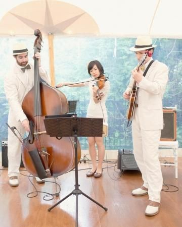A Live Jazz Band Carte Blanche Performed French Love Songs During This Couples Cocktail