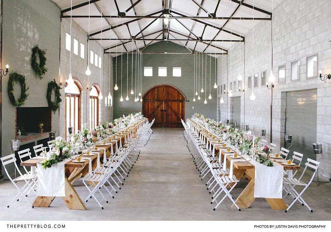 Simple And Modern Wedding Venue Inspiration Photography By Justin Davis Glenbrae Farm Planners Stylist Saffron Functions
