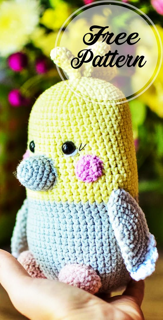 Free Parrot Crochet Amigurumi Pattern Ideas #amigurumipattern