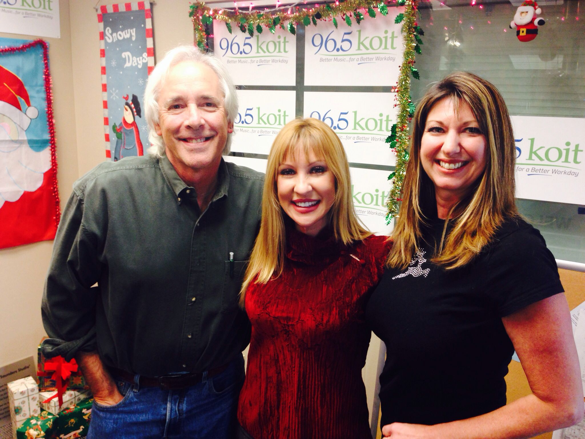 Jack Kulp & @Charly Kayle hanging with Christina Loren from @NBC Bay Area #KOITChristmas