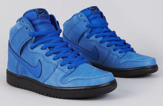 """buy popular 4a020 f96a9 Nike SB Dunk High """"Eiffel 65″ – Game Royal – Black"""