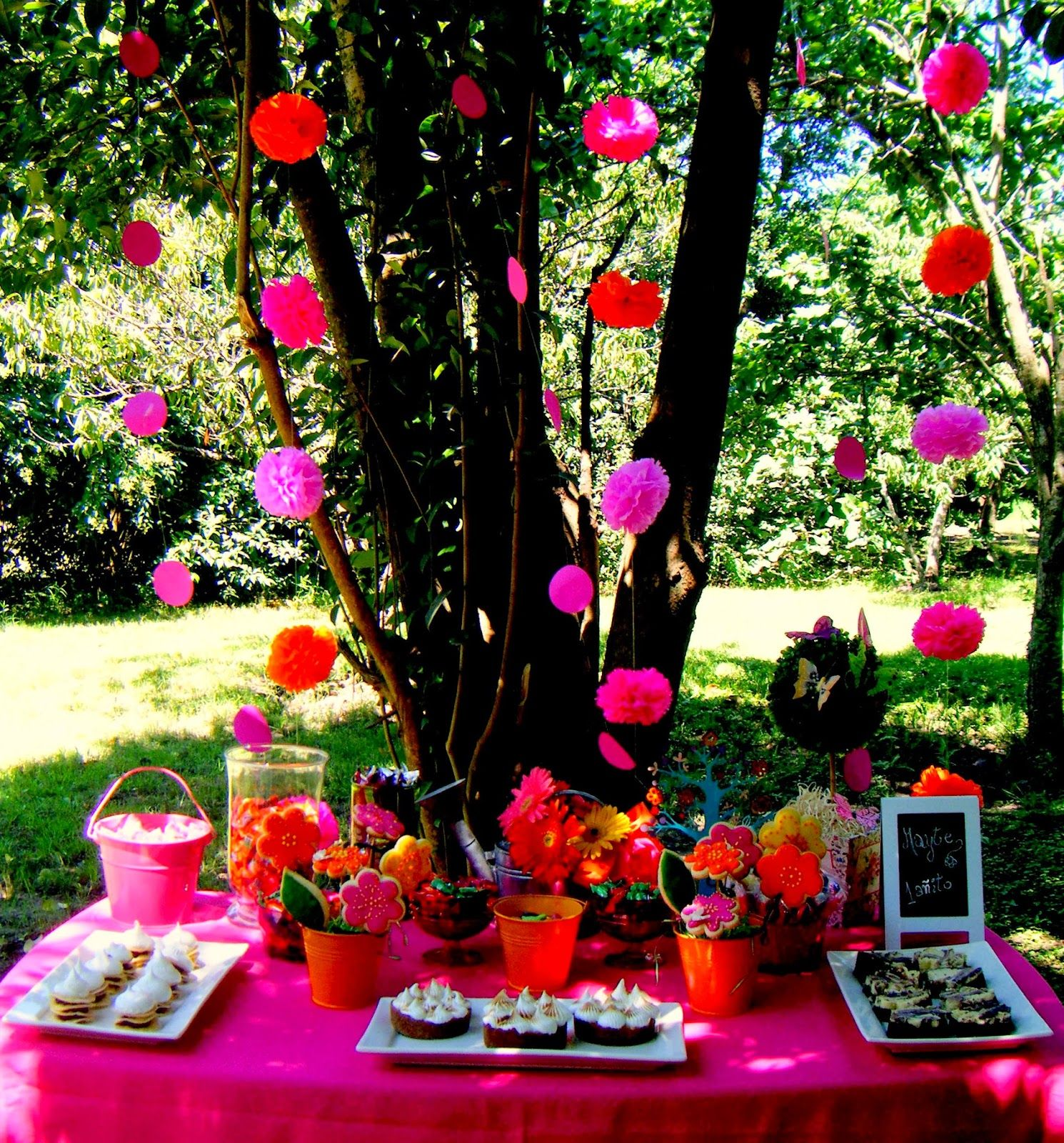 Flower Power Party Theme Themed Parties Pinterest Flower Power