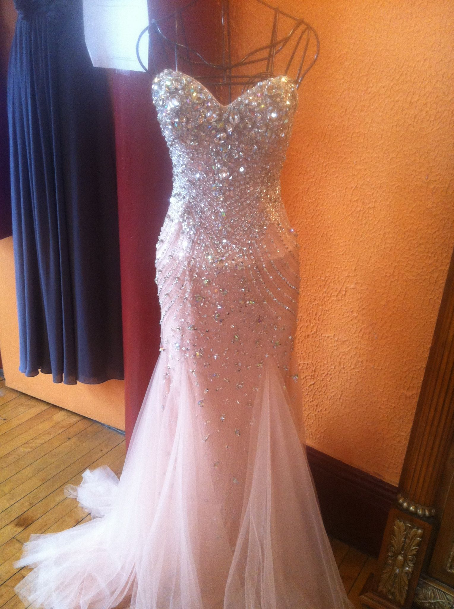 Pink dress to wear to a wedding  Literally stunning beautiful pink dress princess sparkles