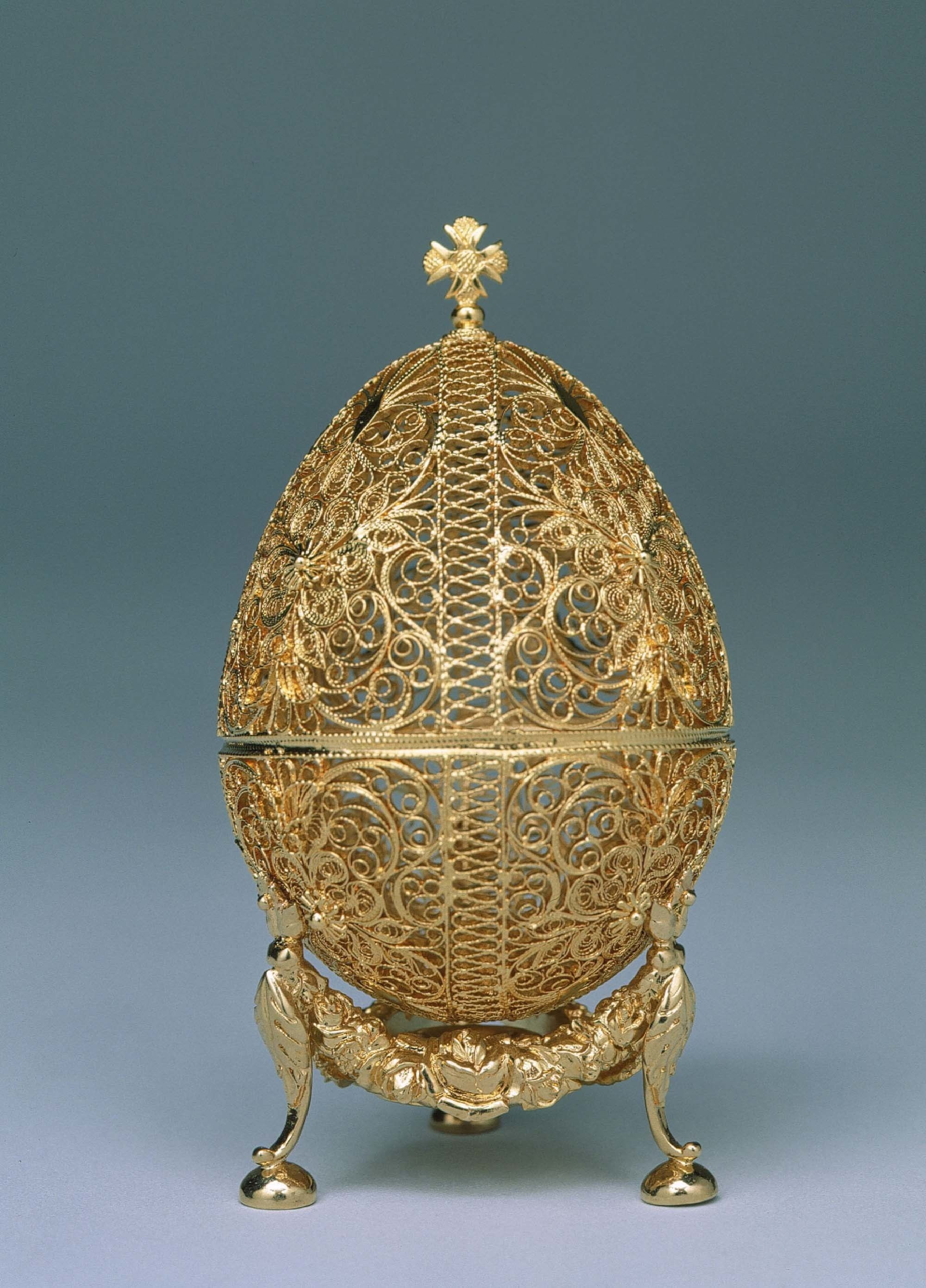 0abf0920b5ee2 The 19 Most Beautiful Fabergé Eggs for a Dream Easter Basket ...