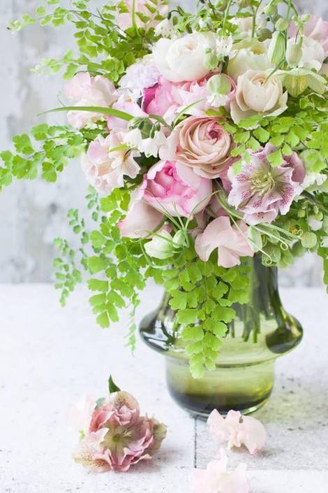 Flower arrangement - love this Japanese Florist