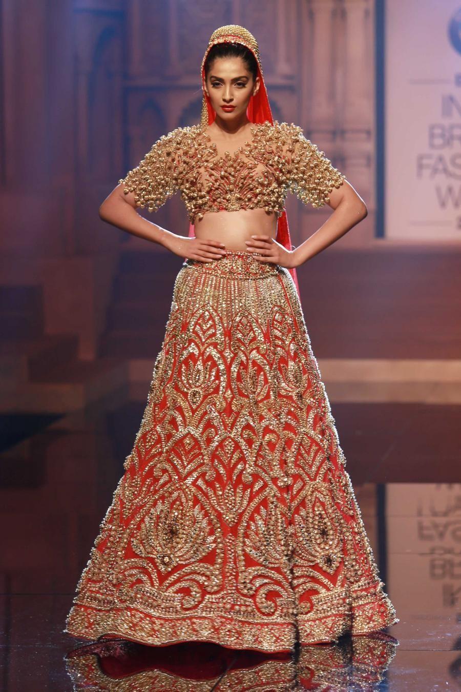 Top 10 Popular Best Indian Bridal Dress Designers Hit List