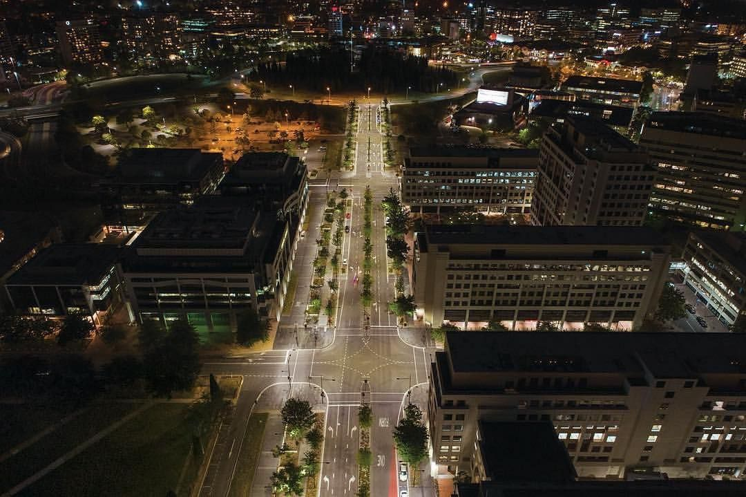 Consution Avenue Canberra Roadway