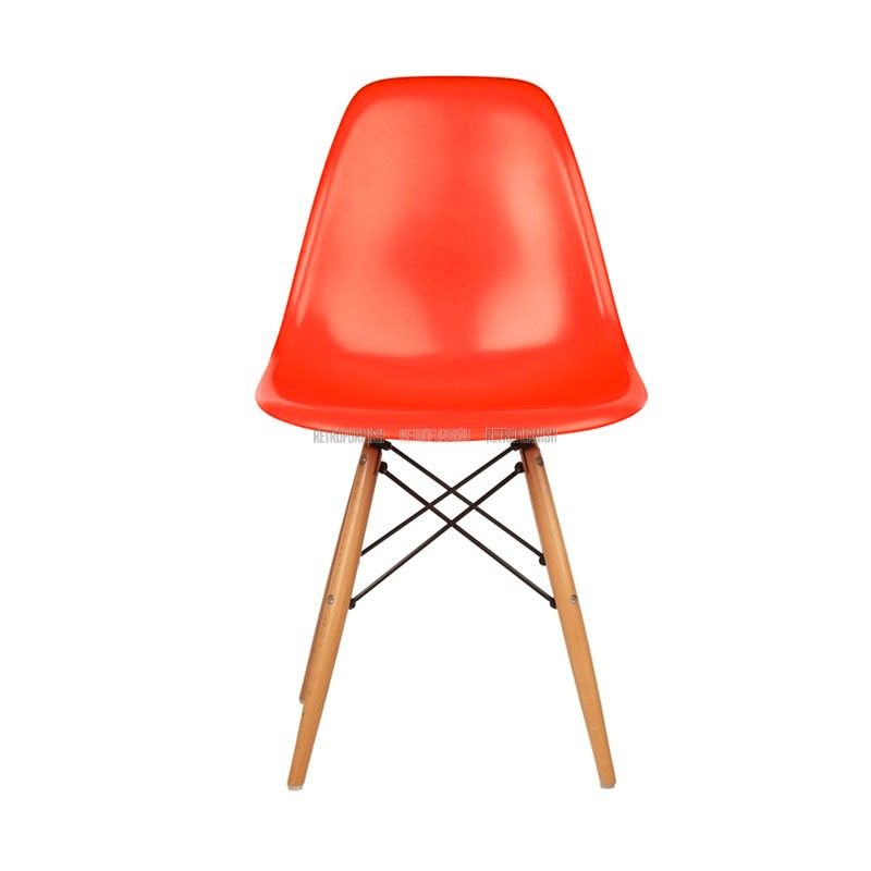 Dsw Stoel In Plastiek Geinspireerd Door Charles Eames Retrofurnish Replica Design Meubelen Eames Charles Eames Stoelen