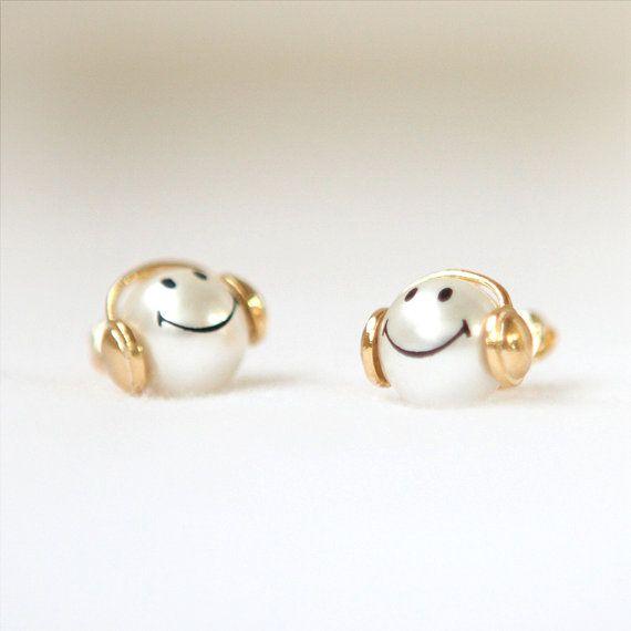 Happy smiley pearl earrings by laonato on Etsy, $16.00