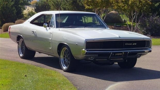 1968 Dodge Charger A Very Special 1968 Dodge Charger Gts A Spectacular Sema Feature Show Car In 2001 Thi Dodge Charger Dodge Muscle Cars Classic Cars Muscle