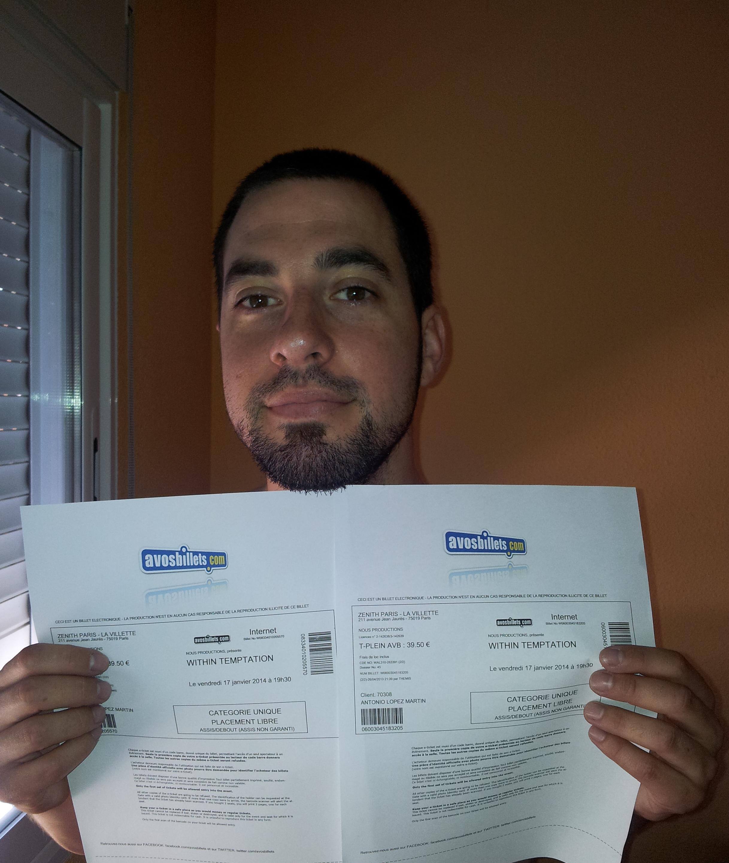 Yujuuu!! Mis entradas para el conciertazo del 17-01-2014 en Paris en el #WTworldtour. Vengo desde Madrid en mi cuarta salida al extranjero para verlos. Estoy deseando verlos y escucharlos de nuevo en directo! WITHIN FOREVER!