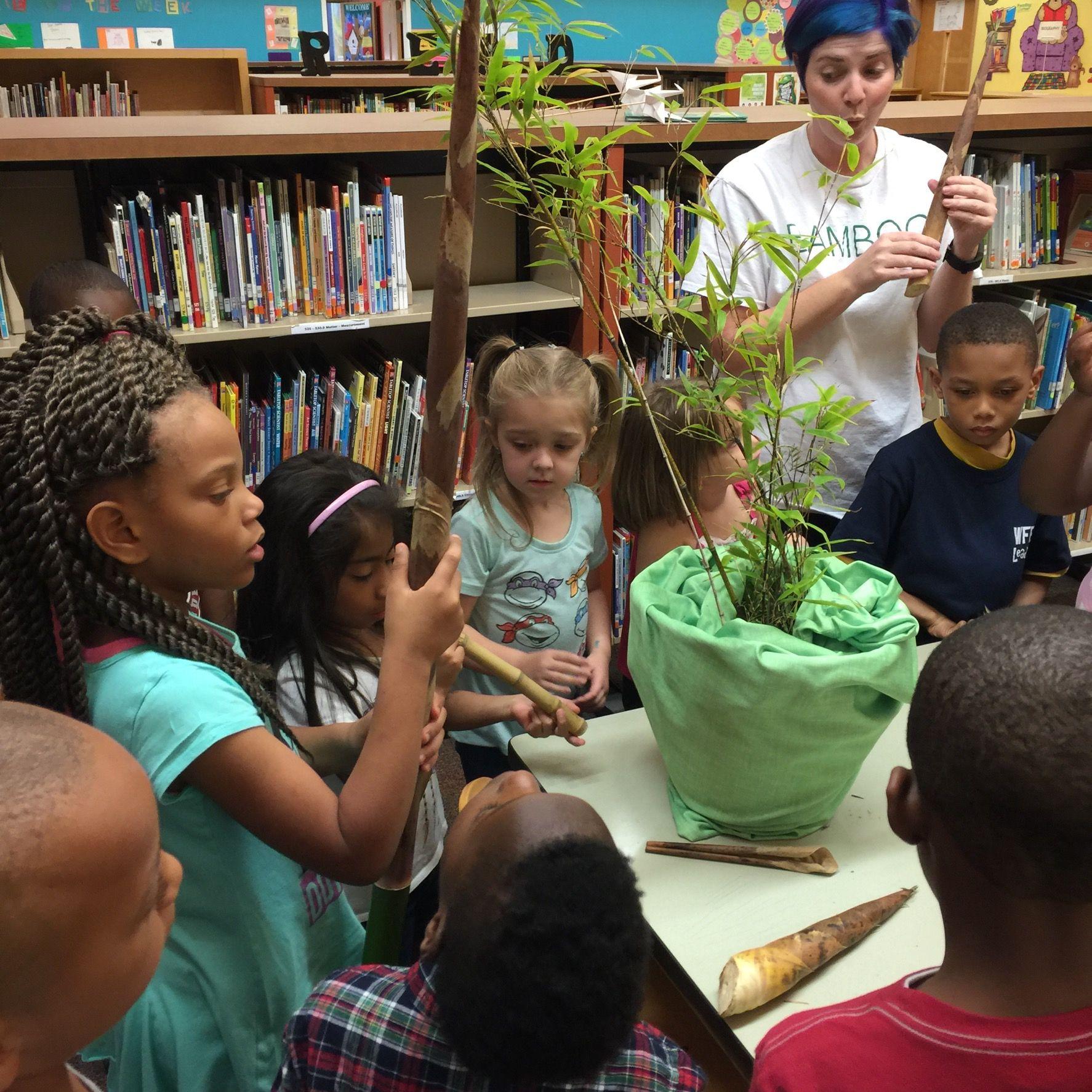 Earth Day 2016 - Woodland Forrest Elementary School    Earth