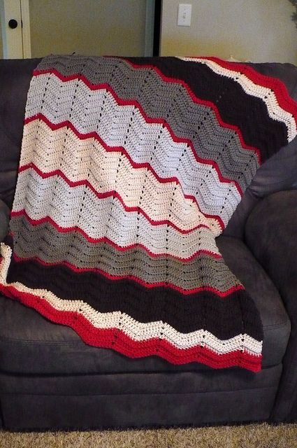 chevron double crochet blanket - great inspiration on colors ...