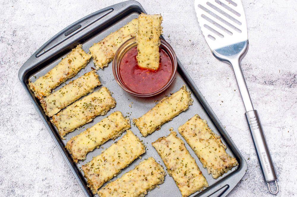 Gluten free cauliflower cheese breadsticks (dairy free