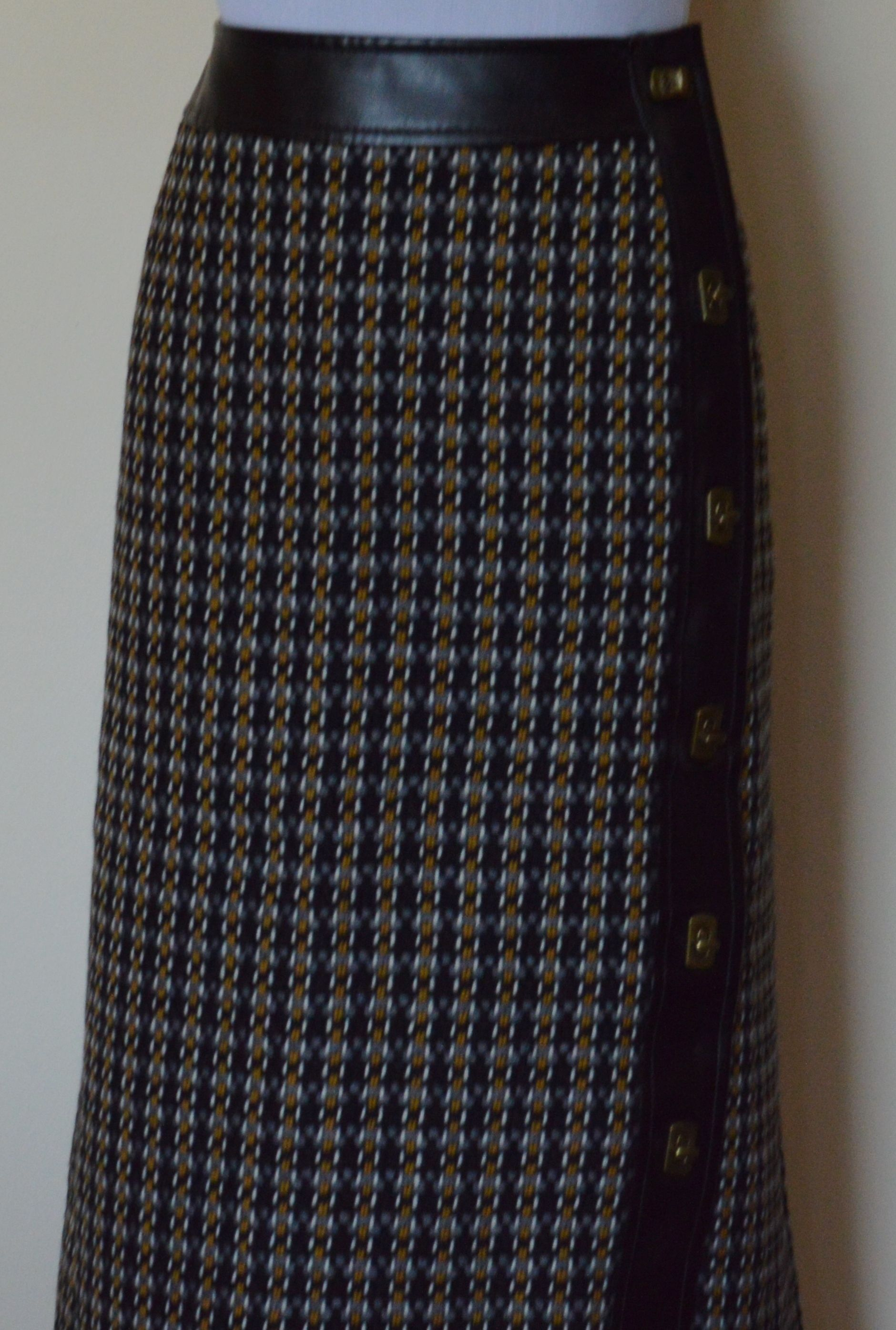 f29077bd82 Talbots - Italian Tweed Pencil Skirt | Diane's Skirts | Skirts ...
