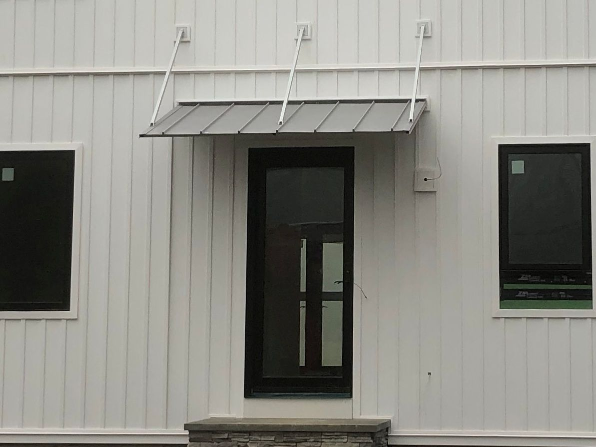 Austin Standing Seam Awning With Overhead Braces Standing Seam Entrance Awnings Fabric Awning