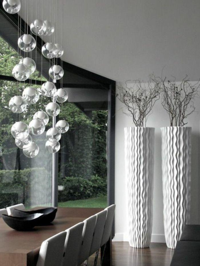 la salle à manger contemporaine avec lustre moderne   deco ...