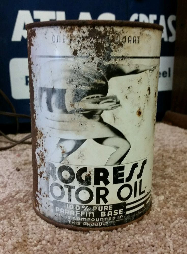 RARE ORIGINAL PROGRESS MOTOR OIL TIN CAN. Manufactured by Mouren-Laurens Co. Los Angeles Ca. Can is 5½ inches tall with a diameter of 4 inches & is empty.
