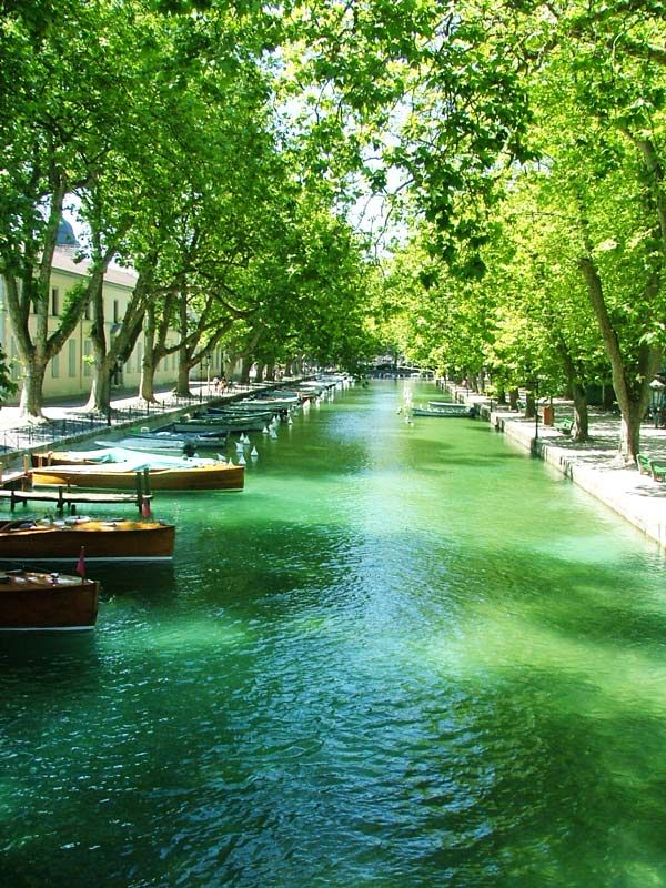 Thiou canal, Annecy, France