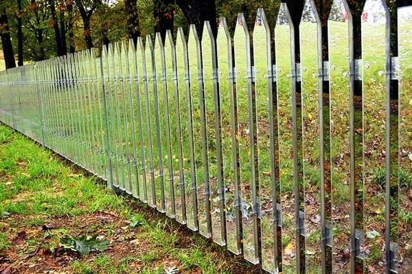 Creative Garden Fence Decoration Ideas (30)