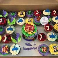 Descendant Disney Cake And...