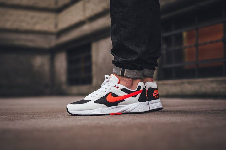 On foot shots of this morning's release. Nike Air Icarus White Black.  Available now