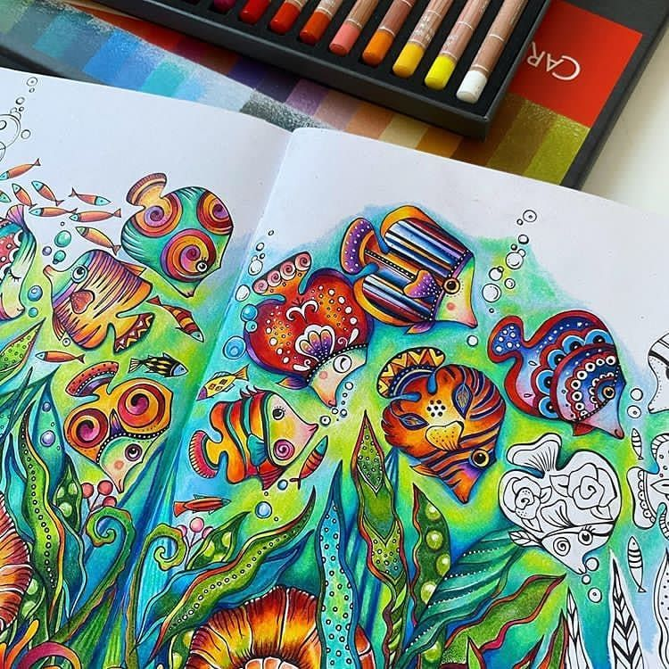Babsy S Colourmanic Instagram Photos And Videos In 2020 Coloring Book Art Coloring Books Joanna Basford Coloring