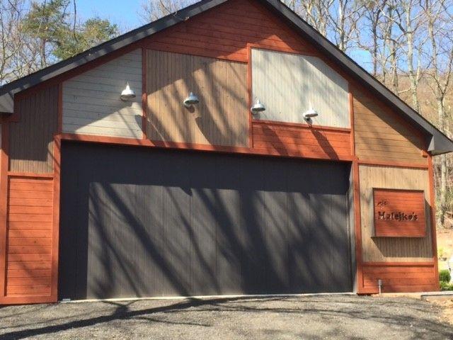 Our Horizontal Garage Door Features