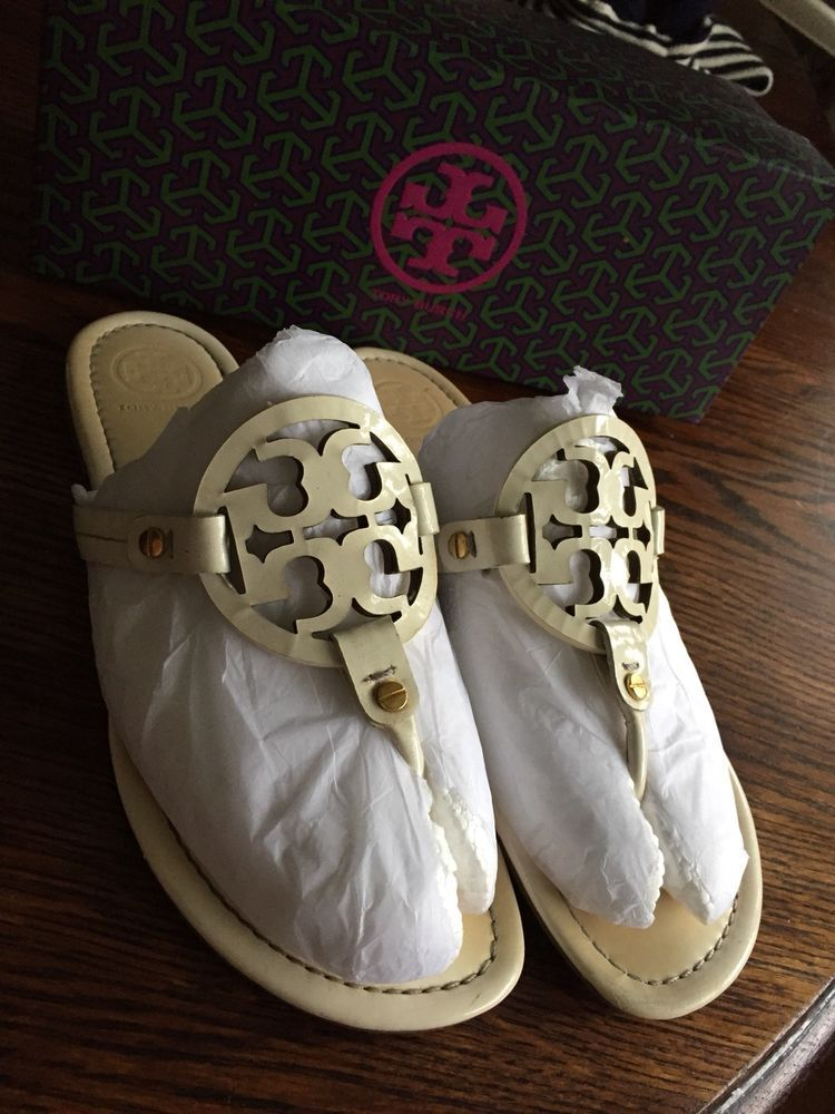 22f73d9be70 Tory Burch Miller Ivory Patent Leather Logo Thong Sandals Women s Sz 10 M