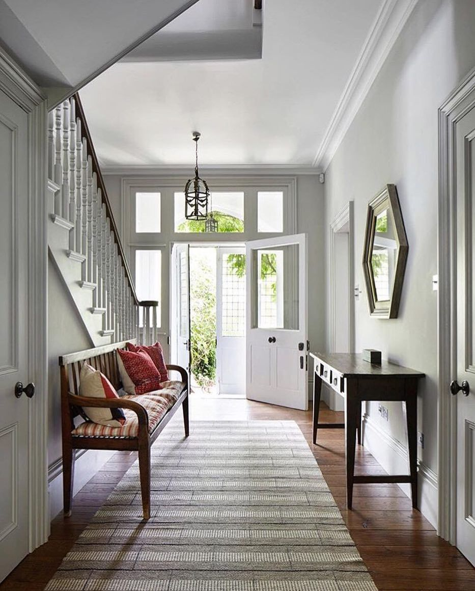 Beautiful interiors by one of my favourite interior decorators ...
