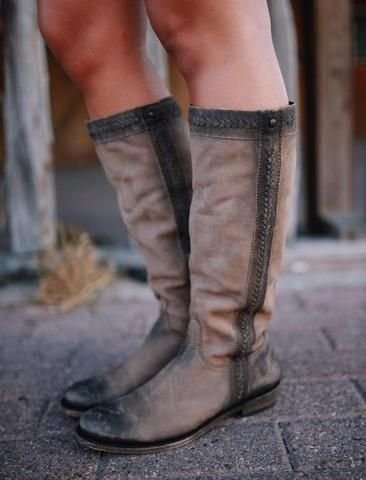 Liberty Black Vegas Taupe Braided Boot are a staple for this fall! Everyone needs a pair of brown boots! #fall #shopsabi #libertyblack www.sabiboutique.com