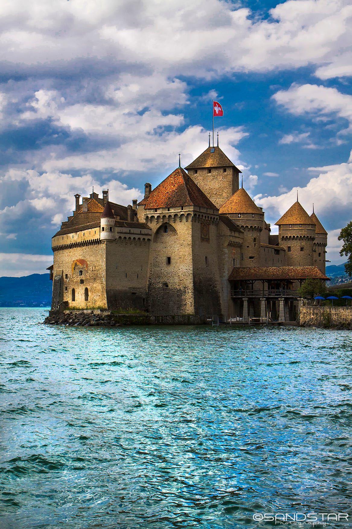 Chillon Castle Lake Geneva Switzerland Places In Switzerland