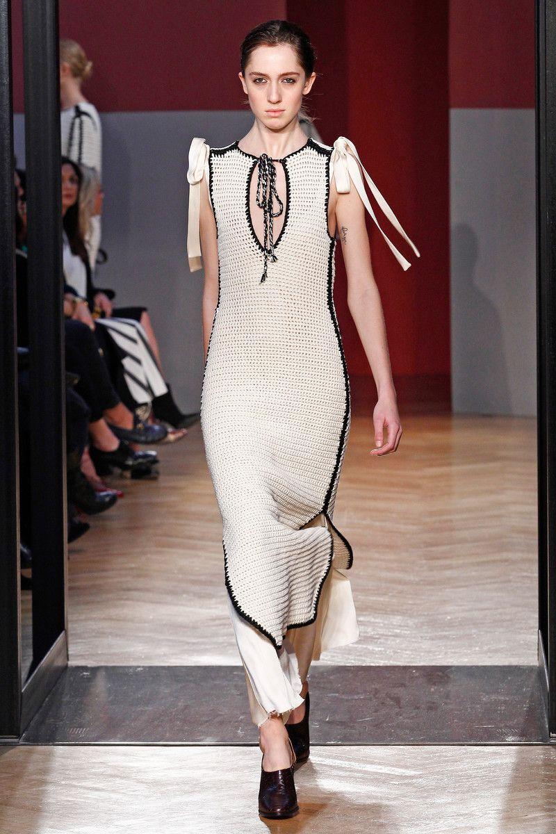 Sportmax Catwalk Fashion Show Milan Womenswear FW16 | Team Peter Stigter, catwalk show, streetwear and fashion photography