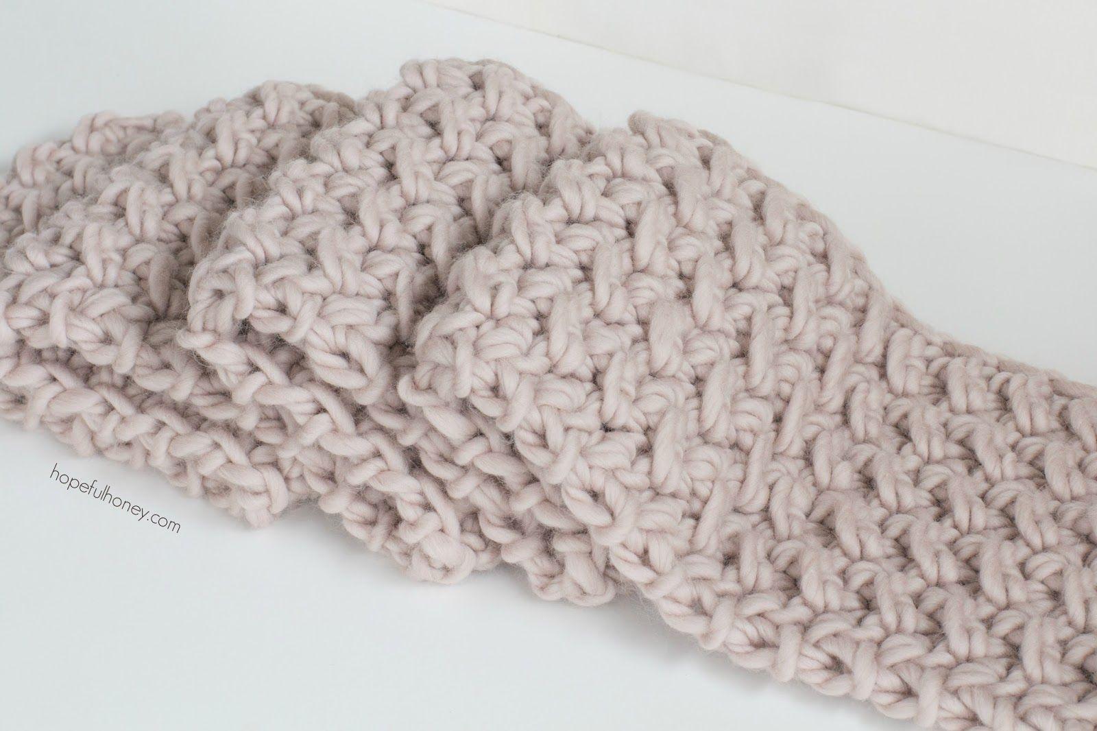 Marshmallow Infinity Scarf - Free Crochet Pattern | Gorros y Patrones