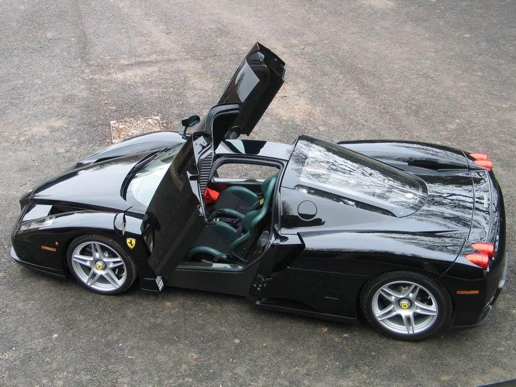 Poster 1024x768 Black Ferrari Cars Wallpapers