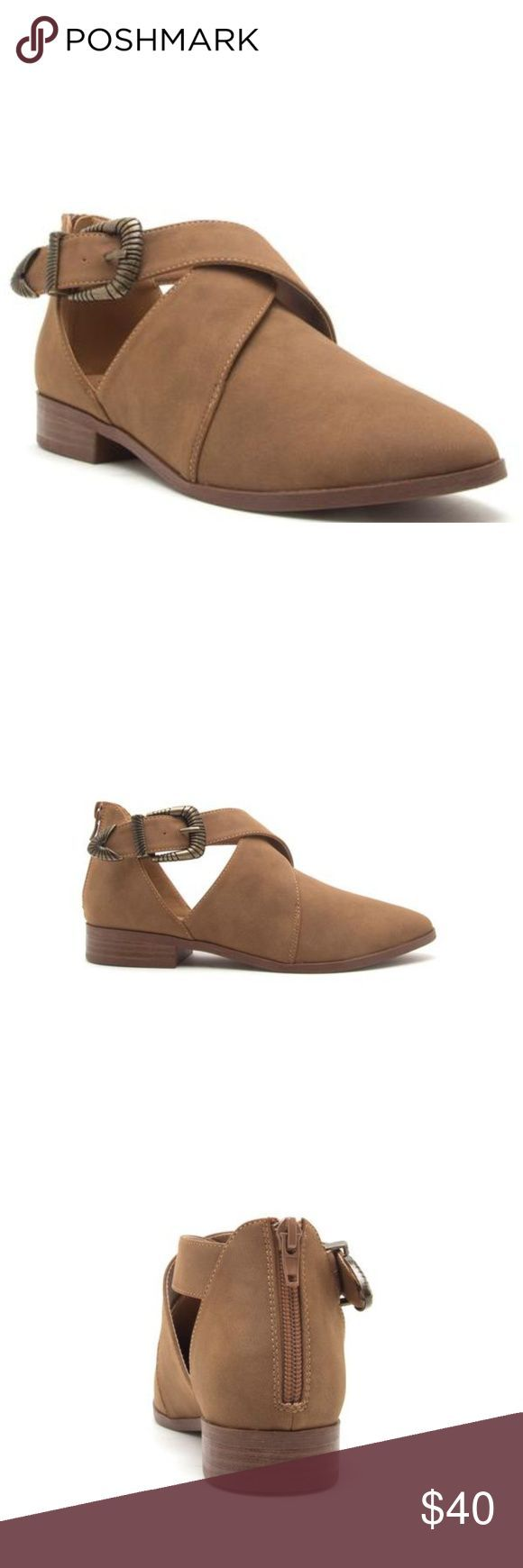 Buckled Wrap Flats These buckled wrap flats will make a great addition to my col  Buckled Wrap Flats These buckled wrap flats will make a great addition to my collection...