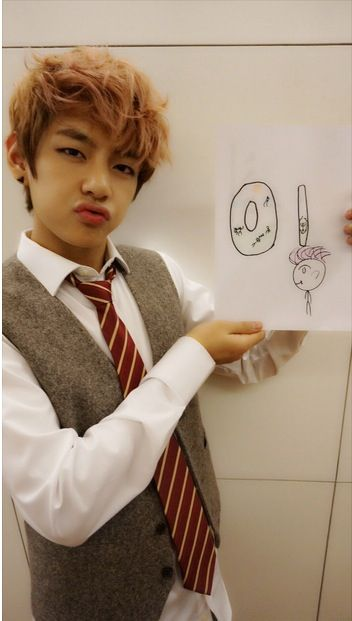 v and his drawing how cute lol