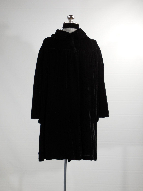 Vintage+1930s+black+silk+velvet++evening+coat+long+sleeve+size+Sm-Med+evening+jacket+by+VintageRoseTattoo+on+Etsy