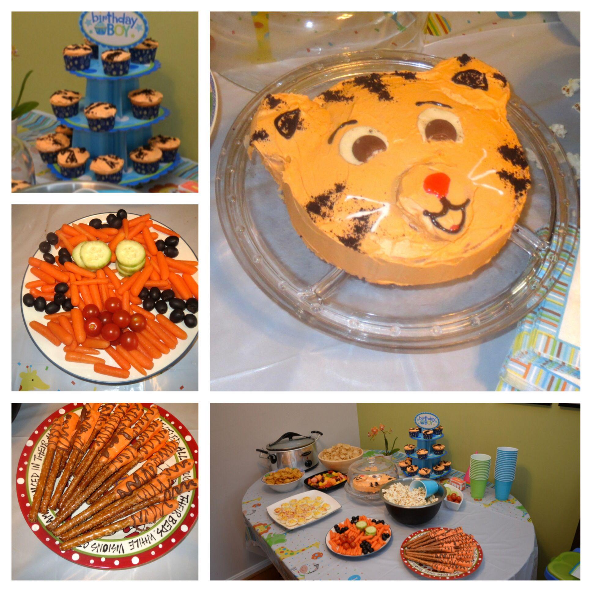 Daniel Tigers Neighborhood Birthday Food Tiger stripe cupcakes