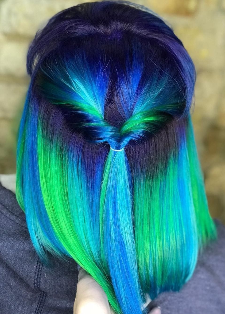 Pin By Elvina Agustino On Hairstyles Rainbow Hair Color Hair Dye Colors Neon Green Hair
