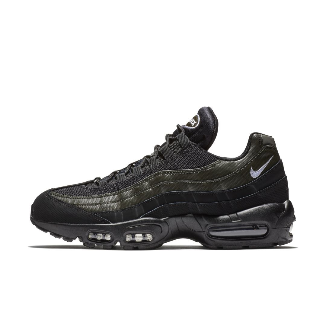 separation shoes 409fe f17b7 Nike Air Max 95 Essential Men s Shoe Size 10.5 (Black)